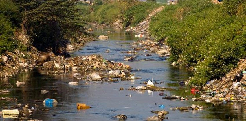 أسباب تلوث المياه المؤسسة الخضراء The Green Establishment