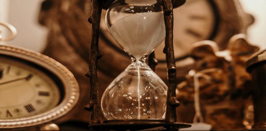 الساعات الذرية